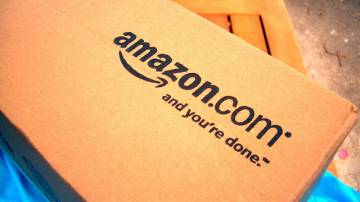 Amazon oskarżany o wymuszenia