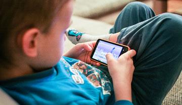 Dzieci nie odróżniają reklam od wyników wyszukiwania